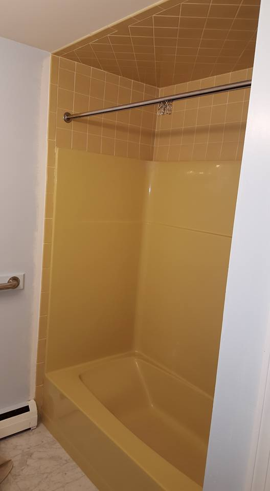 Bathtub Refinishing Project Gallery | Resurface Specialist
