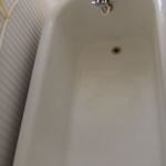 bathtub repair and reglazing